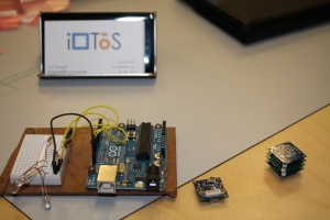 Comparison of Arduino and Tinyduino